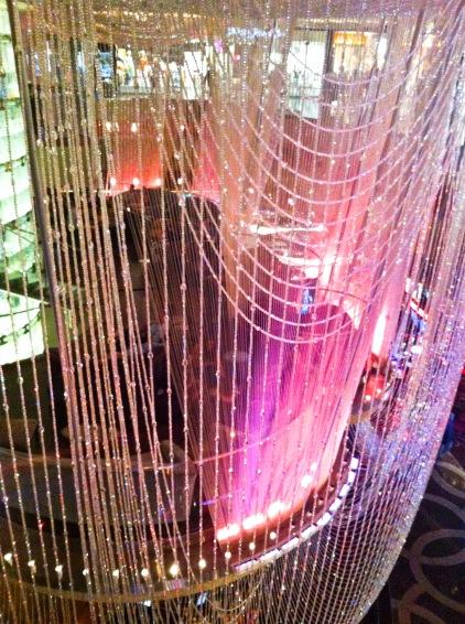 Chandelier bar Vegas_